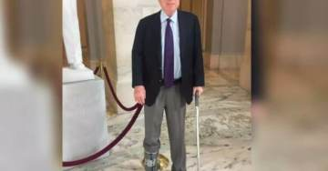 John McCain's Walking Boot Swaps Sides Two Weeks After Treatment For Torn Achilles Tendon (PHOTO)