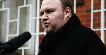 "KIM DOTCOM: ""DNC Hack Wasn't Even A Hack – It Was An Insider With A Memory Stick"""