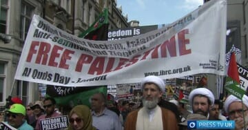"Pro-Palestine Rally In London Met By ""Make Britain Great Again"" Counter-Protest (VIDEO)"