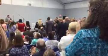 ALABAMA CHURCH Gives Judge Roy Moore a Standing Ovation for Standing Up to Liberal Media Smears (VIDEO)