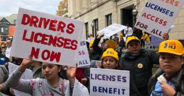 Lawmakers Introduce Bill That Would Stop Grants to Sanctuary States That Give Driver's Licenses to Illegal Immigrants