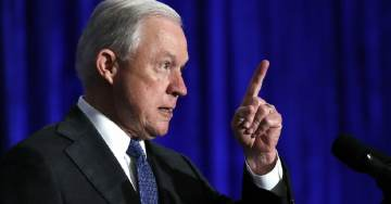 AG Sessions Orders 'ZERO-TOLERANCE' Policy For Immigrants Illegally Entering Southwest Border