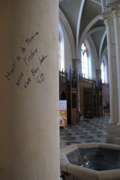 france church graffiti