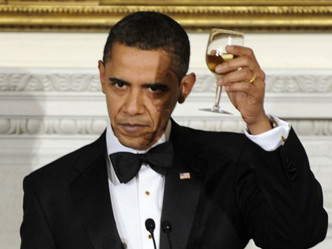 https://www.thegatewaypundit.com/wp-content/uploads/2013/09/obama-tuxedo-2.jpg