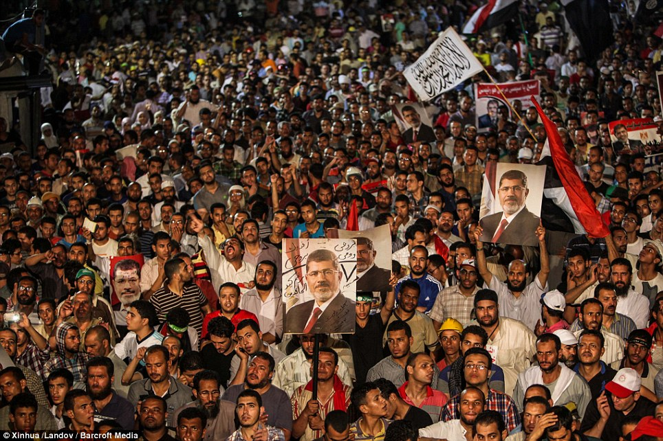 morsi supporters rally