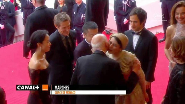 cannes kiss