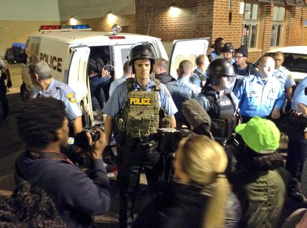 protesters arrested maplewood
