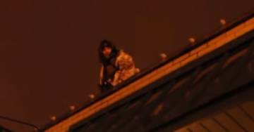 VIDEO>>> SNIPERS TAKE POSITION Atop #Ferguson Rooftops – Protesters VERY UPSET (Video)