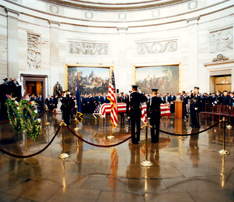 Capitol_Police_Honor_Guard_-_1998_shooting