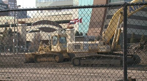 St. Louis Construction Workers Come Under Fire in Drive-By Shooting – One Worker Grazed in Head