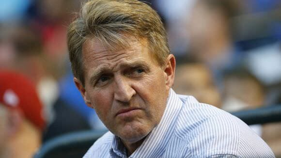 "#NeverTrumper Jeff Flake: GOP is ""Toast"" Under Leadership of Trump and Moore"