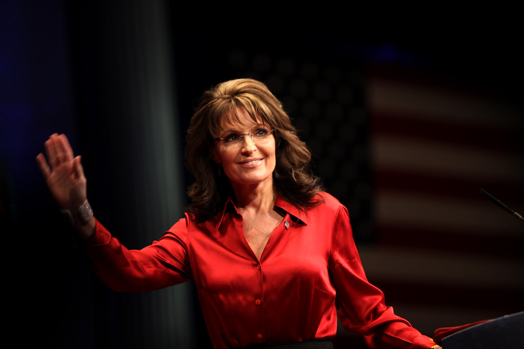 """Sarah Palin Announces That She Is Unvaccinated Because She Believes In """"Science,"""" Dr. Drew Backs Up Her Claims"""