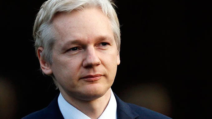 REPORT: WikiLeaks' Julian Assange Ready to Reveal Proof Russia Didn't Hack the DNC