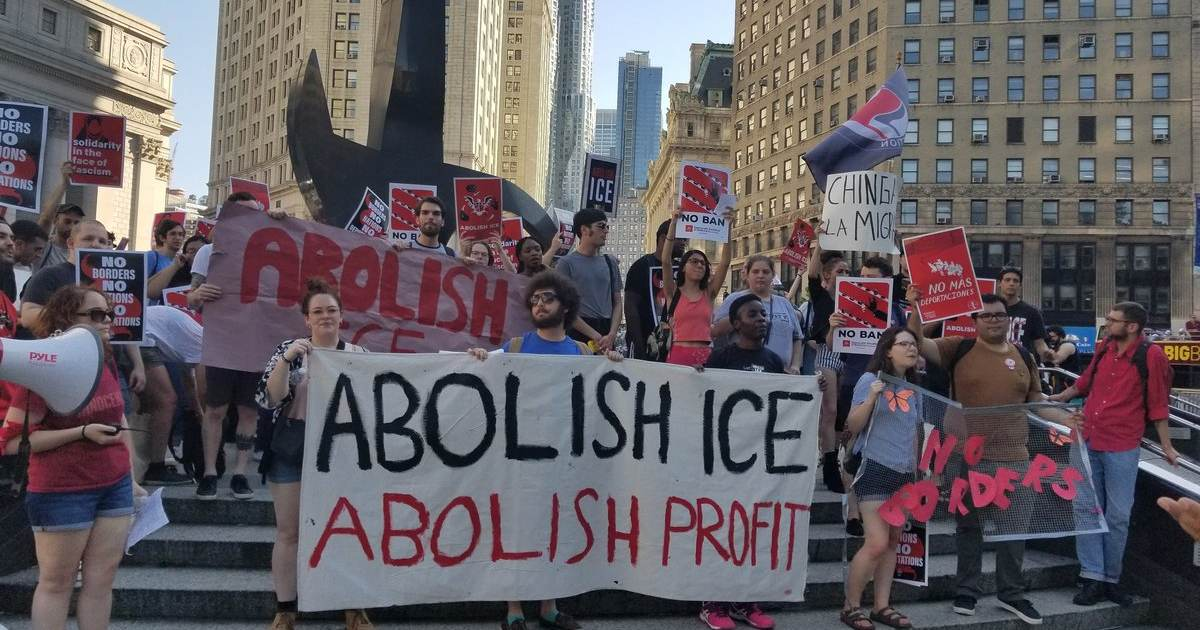 Democrats Introduce Bill to Abolish ICE -- Illegal Immigrants Rejoice!