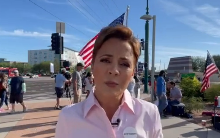 """Arizona Airline Workers Organize 'FREEDOM RALLY' – AZ Gubernatorial Candidate Kari Lake: """"Call The Special Session, Deal With The Mandates And Then Decertify The Election."""" (VIDEO)"""