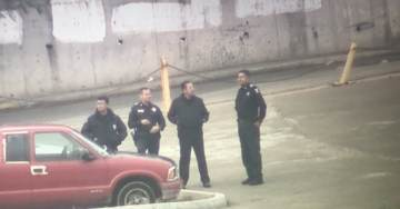 Texas Border School on Lockdown After Group of Illegal Aliens Spotted Nearby As Caravan Arrives at Tex-Mex Border