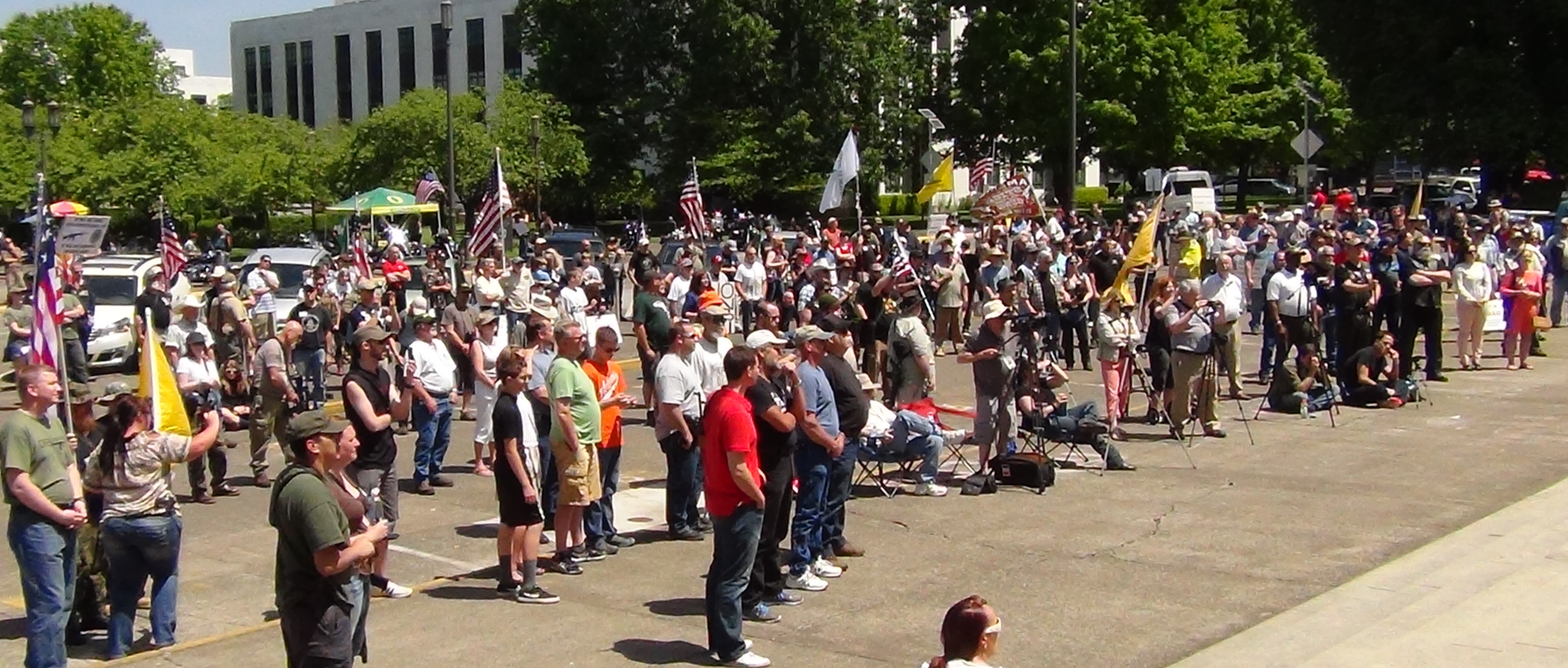 HUNDREDS of Oregon Gun Rights Advocates Rally Against New Laws – Will Not Comply