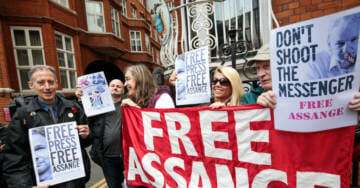 WikiLeaks Launches GoFundMe to Help Cover Lawsuit Against the Guardian Over Fake Manafort Meeting Story