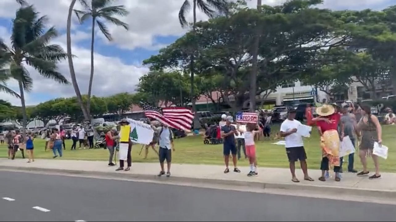 """Thousands Attend at """"Mandate Free Maui"""" Against Tyrannical Governance Imposed in the State of Hawaii"""