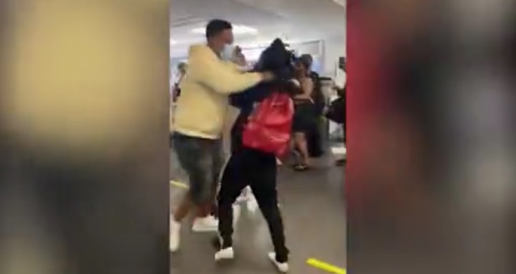 Another Massive Brawl Breaks Out at Miami International Airport – Weaves Go Flying, Woman Dragged Across the Floor! (VIDEO)