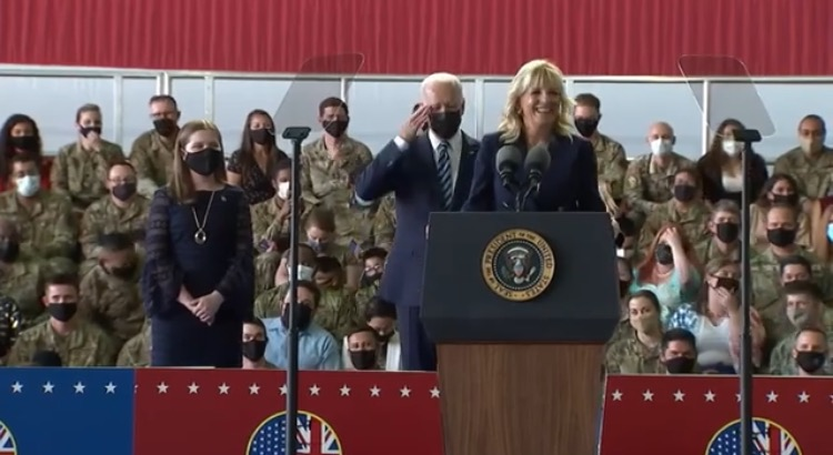 """Joe Biden Stands at Attention and Salutes After Jill Biden Tells Him to """"Pay Attention"""" During Speech to Troops (VIDEO)"""