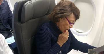 Maxine Waters Spotted Flying First Class During Govt Shutdown – Reading an Article About Herself
