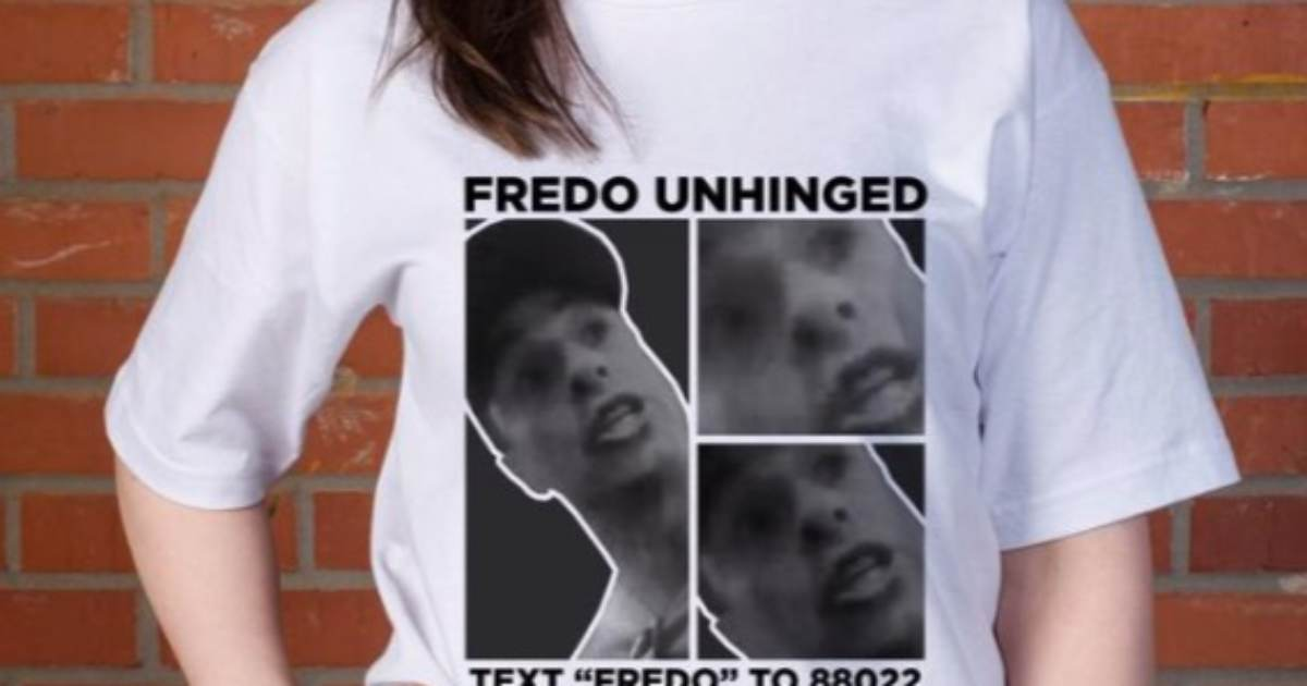 """photo image Trump Campaign Sells """"Fredo Unhinged"""" T-Shirts After Chris Cuomo Goes Crazy on MAGA Supporter"""