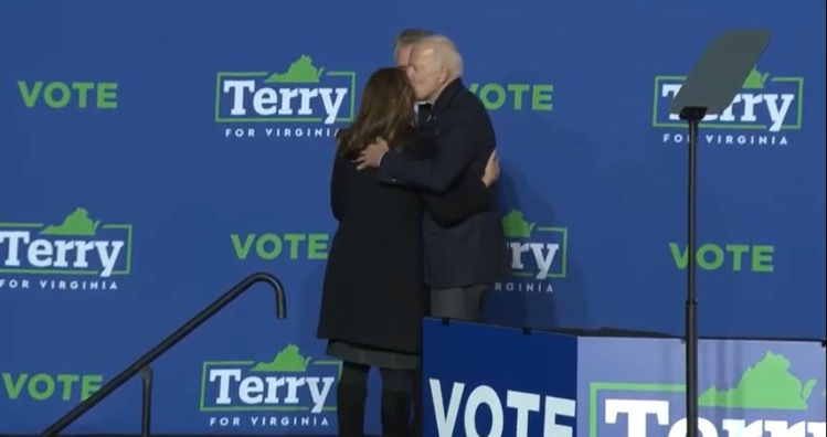Biden Kisses Terry McAuliffe's Wife, Mingles with Maskless Crowd, Takes Selfies After Campaign Speech (VIDEO)