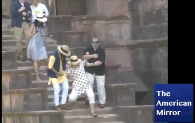 photo image Hillary Clinton Injures Hand During India Visit, Cancels Scheduled Events – Doctors Advise Her to Rest