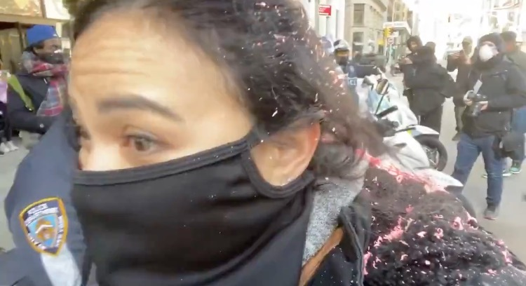 BLM-Antifa Thugs Violently Attack Female Journalist in NYC - Police Stand by and Do Nothing (VIDEO)