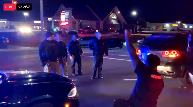"""""""F*ck the Police!"""" - BLM Thugs Shut Down Traffic in Louisville, Kentucky, Scream at Police (VIDEO)"""
