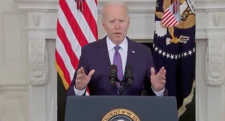 """Biden Tells Americans to Cower in Fear and Wear Masks So We Can """"Have a More Normal July 4th"""" (VIDEO)"""