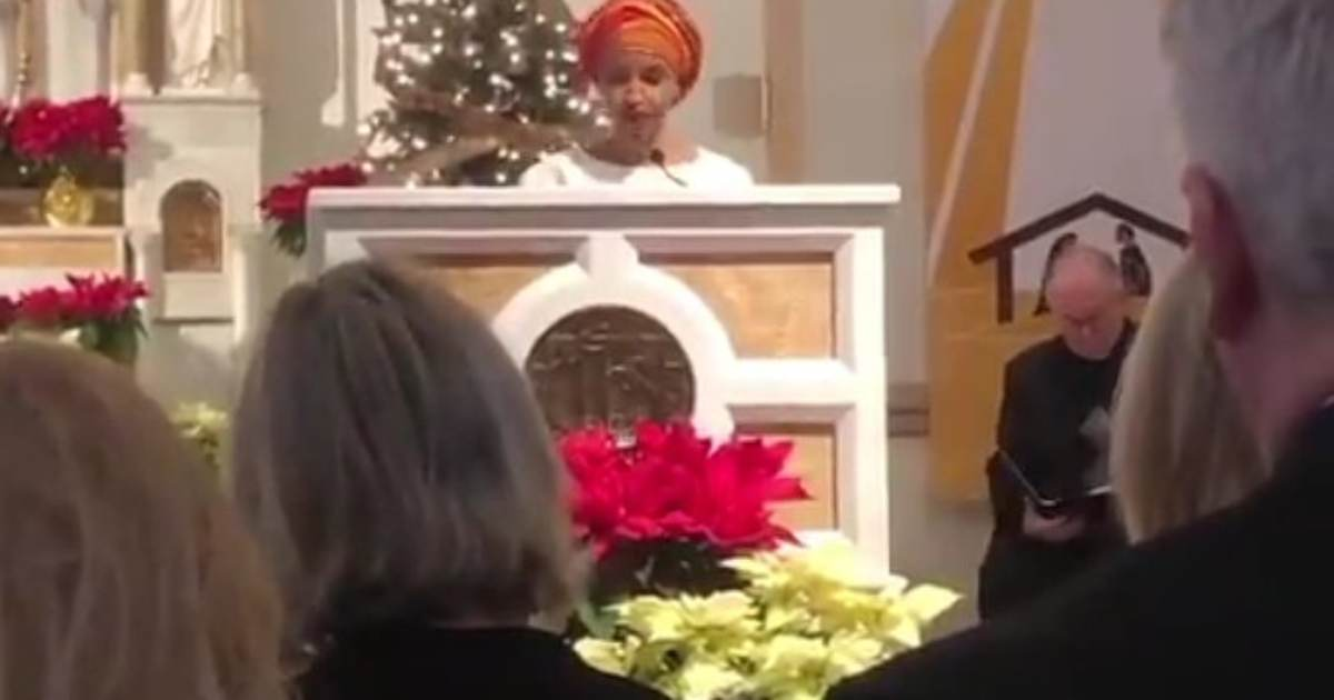 on thanksgiving day  ilhan omar posts video of her preaching islam from altar in church  gives
