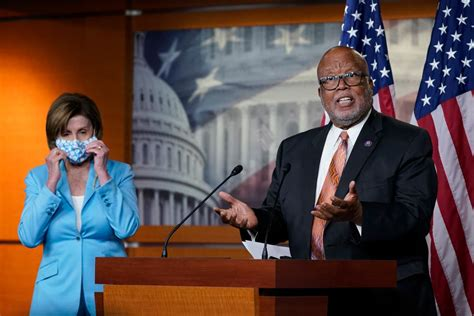 CLOWN SHOW: Chairman of Jan 6 Committee, Democrat Rep. Bennie Thompson, Supported Radical Insurrectionists Involved in Death of a Police Officer