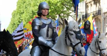 Vive le Roi! Royalists and Catholics March Across Paris as 'Globalist Bankster' Macron Takes Office.