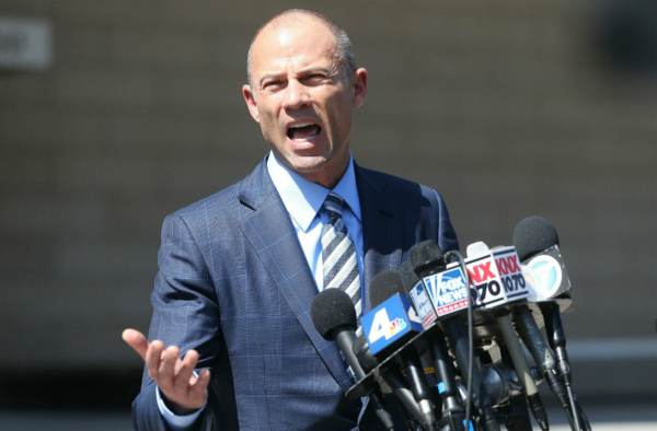 Creepy Porn Lawyer Michael Avenatti Arrested On Federal Extortion Charges
