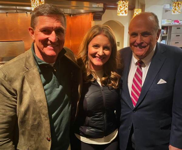 The Rudy, Sidney, and Jenna show Michael-Flynn-Jenna-Ellis-Rudy-Giuliani-Twitter-11192020-1-600x495