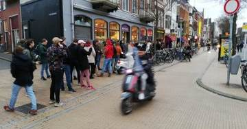 Coronavirus Panic: Massive Lines in the Netherlands for Marijuana as Government Gives One Hour Notice to Close Coffeeshops (Photos)
