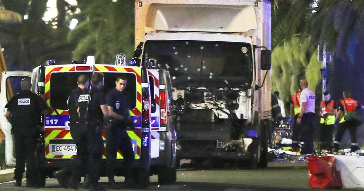Nice France Terror Truck Shot Up Focused Twitter