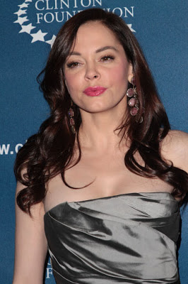 """Rose McGowan Lashes Out After Police Issue Arrest Warrant For Narcotics """"HORSESH*T"""""""