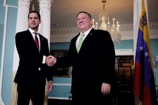 Secretary MIke Pompeo with the President Guaidó