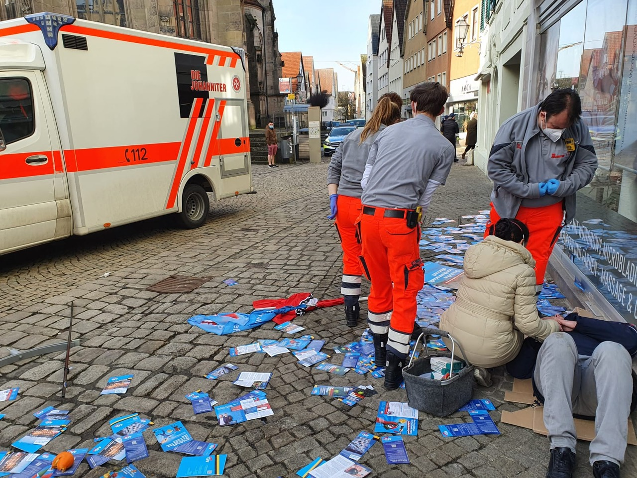 """""""Freedom and Democracy are in Grave Danger"""" – 20 Masked Antifa Attack Conservative Candidate in Germany in Broad Daylight"""
