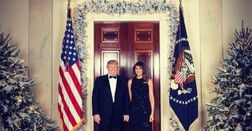 Official Christmas Photo Released: 'Merry Christmas from President Donald J. Trump and First Lady Melania Trump'