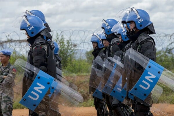 Suicide Bombers Dressed as UN Peacekeepers Fire Rockets and Blow Up Vehicles in Mali