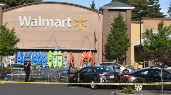 BREAKING: Armed Civilians Shoot Would-Be Mass Shooter At Washington Walmart