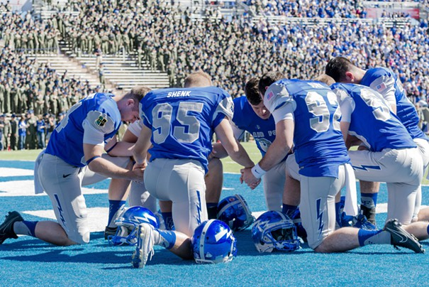 air force tebow prayer