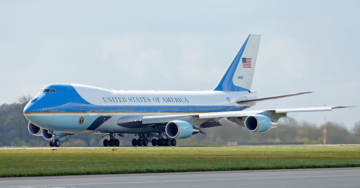 Trump Wants To Change The Look Of Air Force One. Democrats Go Crazy.