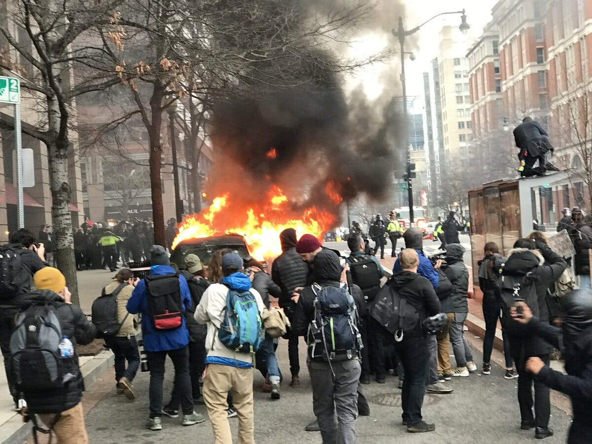 VIDEO EXCLUSIVE: Film Crew Releases Never Before Seen Footage of 2017 Inauguration Riots