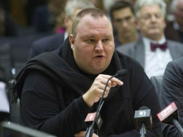Kim DotCom: I Was Warned Not to Turn Over Seth Rich Evidence to Mueller Ap_kim-dotcom_ap-photo-e1487609861706-600x449