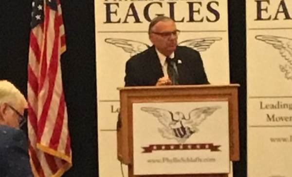 """photo image JOE ARPAIO at Gateway Eagle Council in St. Louis: That Obama Birth Certificate Document """"Is a Fake!"""" (VIDEO)"""